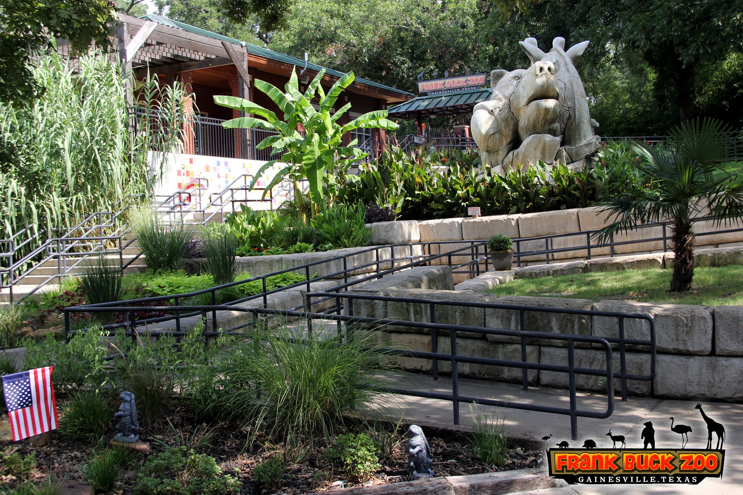 Frank Buck Zoo Entry Garden
